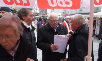 CDU-Rahlstedt – Letzter Info-Stand (am 21.12.13) in diesem Jahr in der Schweriner Str.