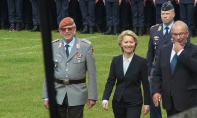 30.06.2018 – Vereidigung von Anwärter/Innen zum Offizier durch Bundesverteidigungsministerin von der Leyen